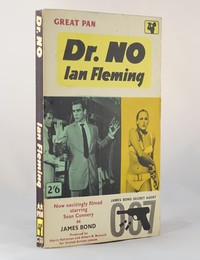 Dr No | Pan | Movie Tie In | X237. This artwork was used for the 6th to 9th printings (Great Pan on cover)