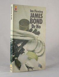 Dr No | Pan | Still Life | ISBN 0 330 10237 0. The still life artwork design was used for the 23rd to 26th printings of Dr No