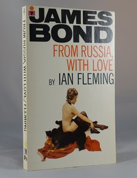 From Russia With Love | Pan | Model. This artwork was used for the 23rd printing 1972