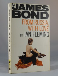 From Russia With Love | Pan | Model. This artwork was used for the 22nd printing 1970