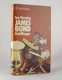 Goldfinger | Pan | Still Life | ISBN 0 330 10238 9. The still life artwork design was used for the 22nd to 26th printings of Goldfinger