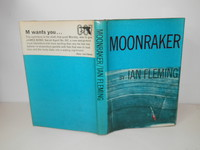 Moonraker | Taiwanese Pirate Edition 2. The bottom part of the front cover and top of the rear are copied from the Pan paperback