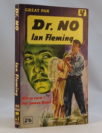 Pan | Painted Series G335 | Dr No 1st. This artwork by Peff was used for the 1st, 2nd and 3rd printings.