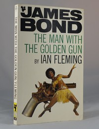 The Man With The Golden Gun | Pan | Model. This artwork was used for the 9th printing
